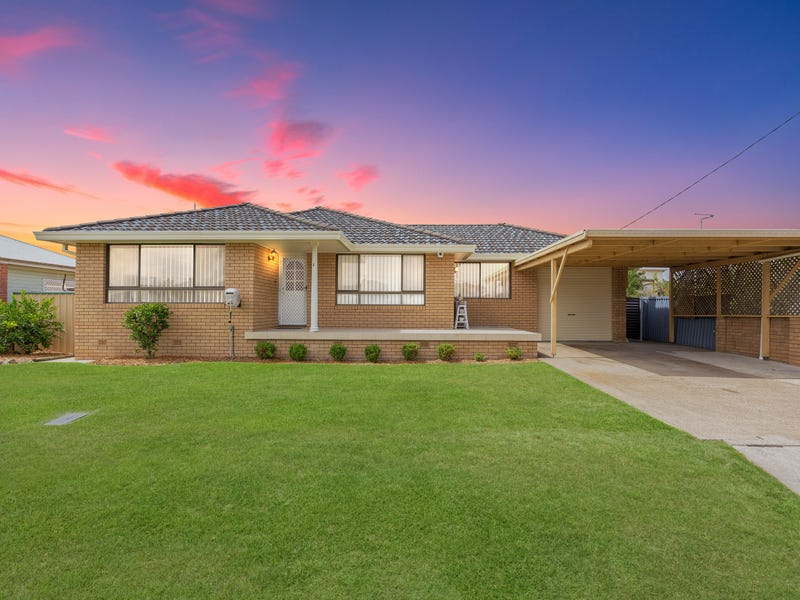 1 Cornwall Lane, Taree, NSW 2430