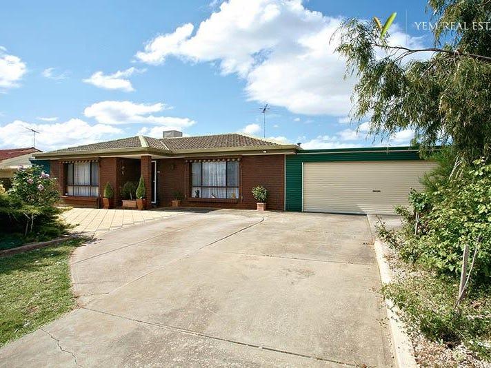 15 Banksia Crescent, Craigmore, SA 5114