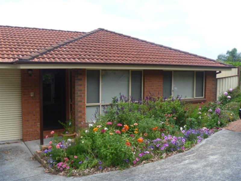 8/25 Robertson St, Coniston, NSW 2500
