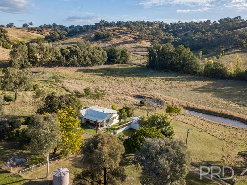 25 Old Gundagai Road, Adelong, NSW 2729