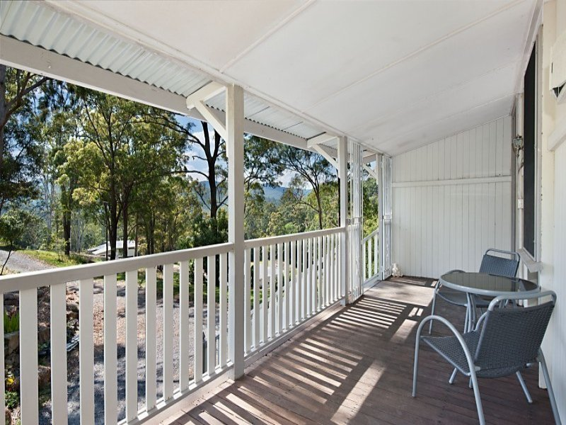 25 Valley View Vista, Wongawallan, Qld 4210