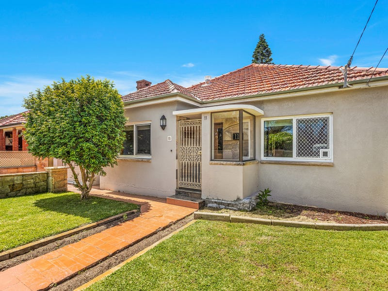 11 Tancred Avenue, Kyeemagh, NSW 2216