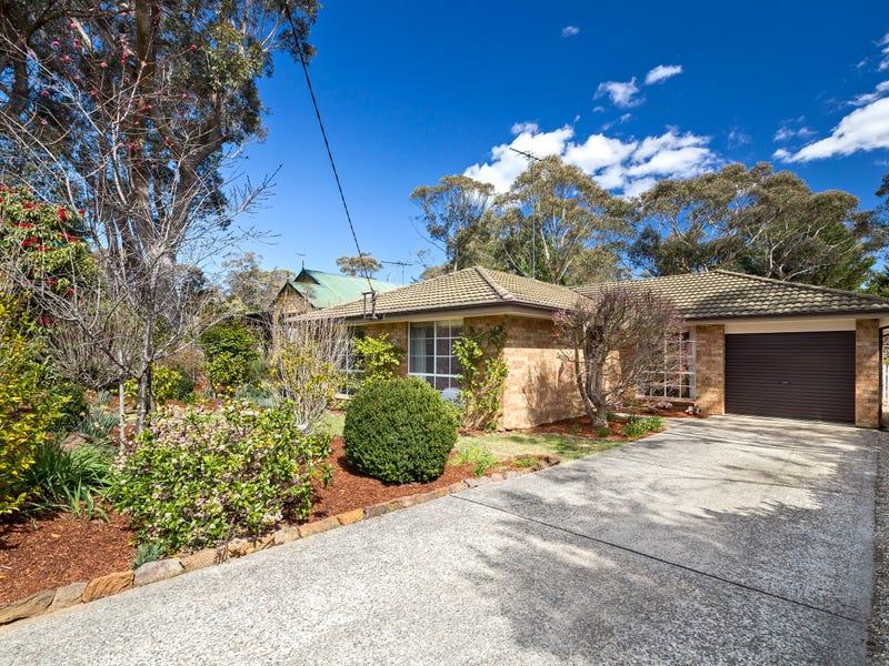 18 St Andrews Avenue, Blackheath, NSW 2785