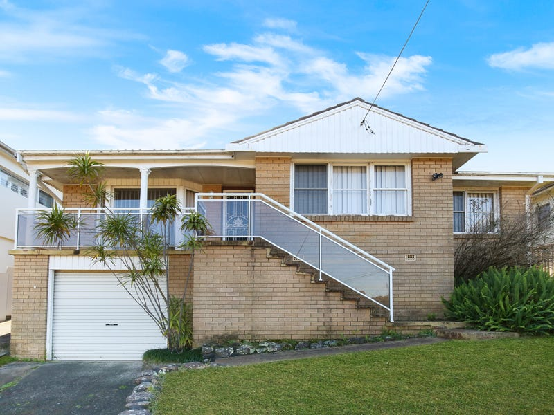 52 Bruce Street, Unanderra, NSW 2526