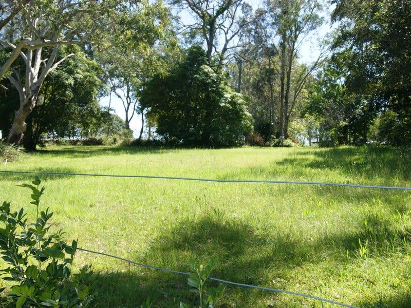 30 Caswell Crescent, Tanilba Bay, NSW 2319