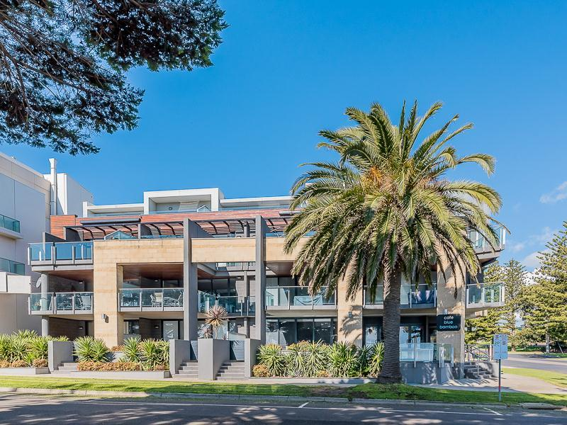 13/4 The Esplanade: C'scape Apartments, Cowes, Vic 3922