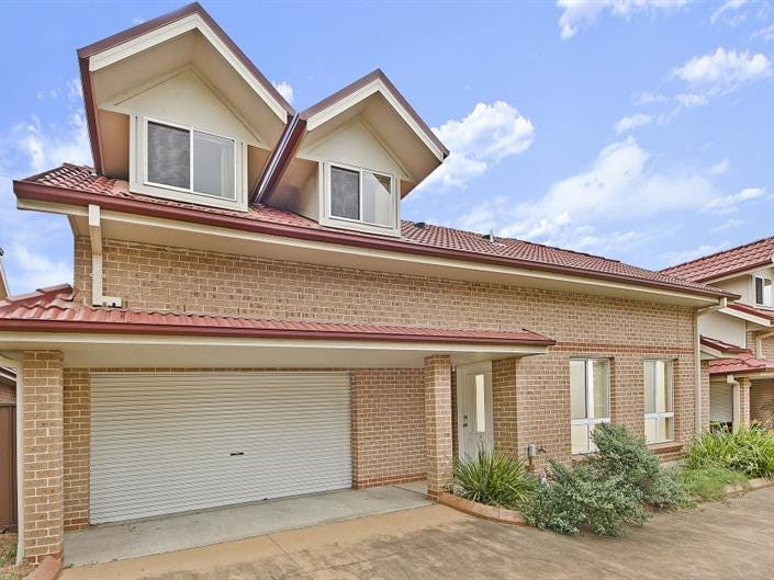 2/69 Adelaide St, Oxley Park, NSW 2760