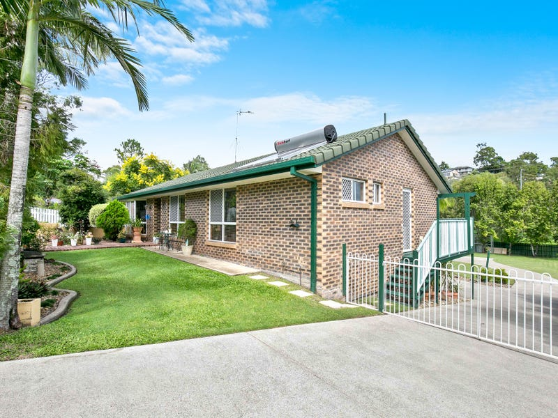15 Alison Road, Carrara, Qld 4211