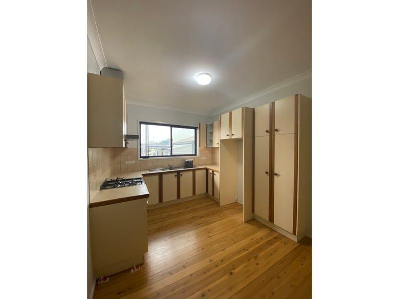 1/19 Strathearn Avenue, Coniston, NSW 2500