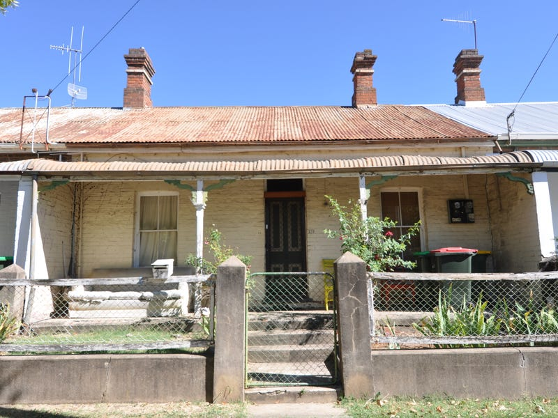 107 Seymour Street, Bathurst, NSW 2795