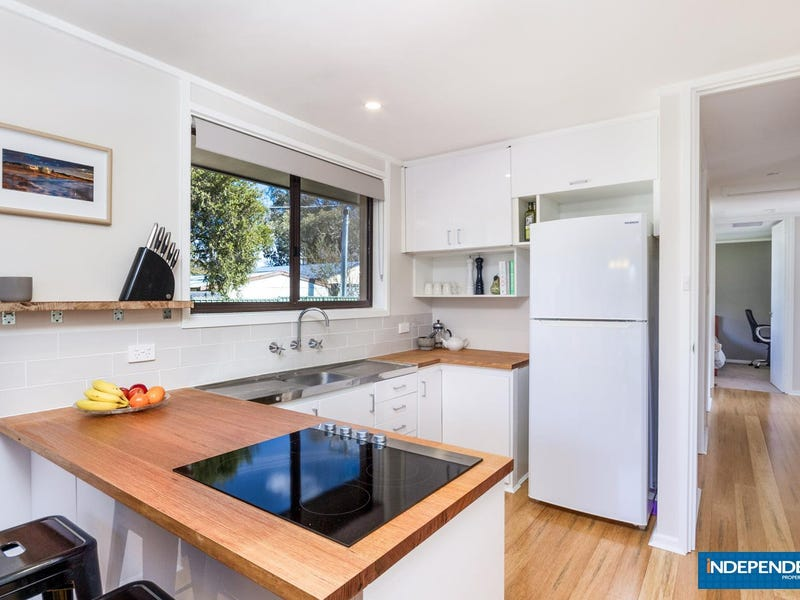5 Trimmer Place, Kambah, ACT 2902