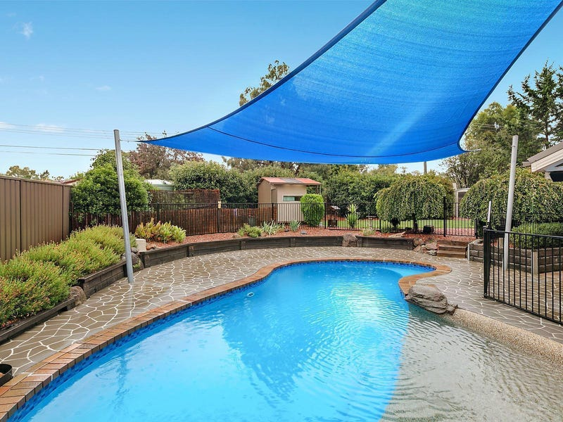 24 Hammond Close, Oxley, ACT 2903
