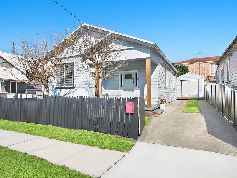 3 Mandalong Road, Adamstown, NSW 2289
