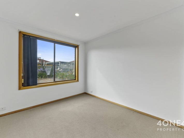 4/10 Racecourse Road, Brighton, Tas 7030