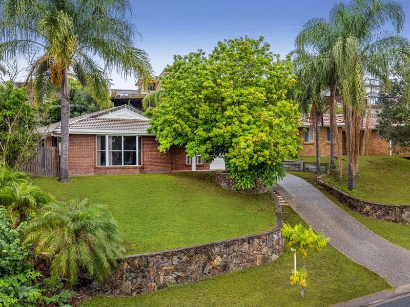 10 Sandalwood Street, Sinnamon Park, Qld 4073