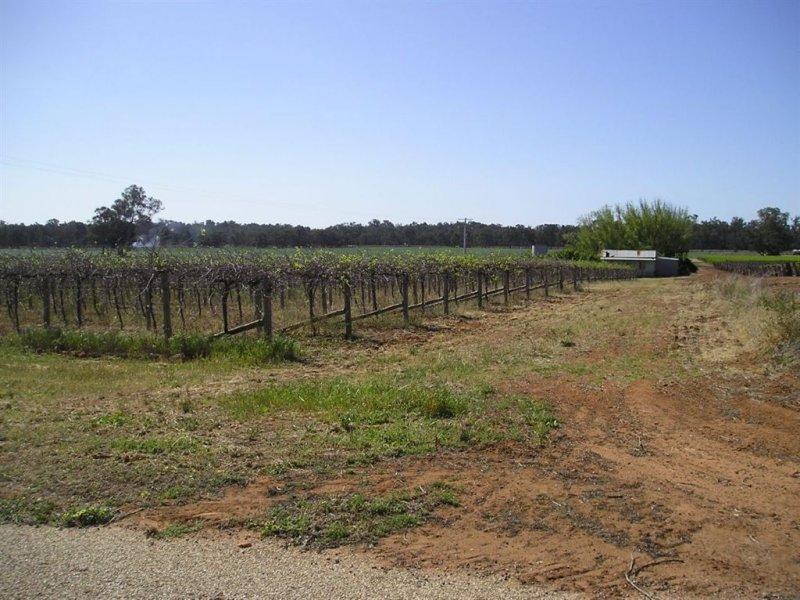 27 Pevensey Lane, Tooleybuc, NSW 2736