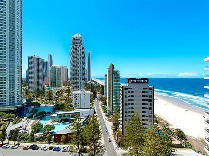 'Longbeach' 28 Northcliffe Terrace, Surfers Paradise, Qld 4217