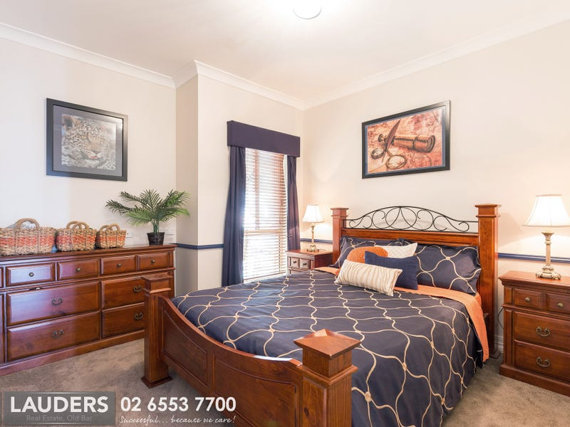 10 Corkwood Street, Old Bar, NSW 2430