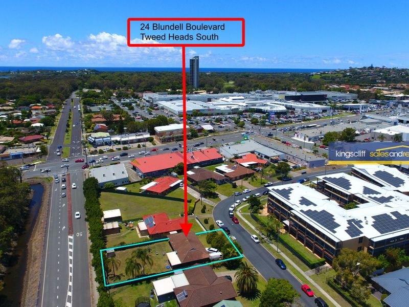 24 Blundell Boulevard, Tweed Heads South, NSW 2486