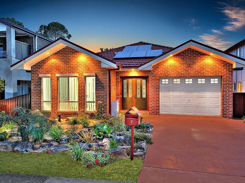 9 Singleton Avenue, East Hills, NSW 2213