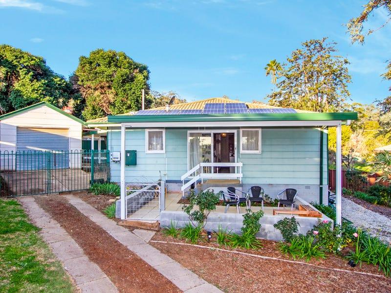 8 Fraser Crescent, Tamworth, NSW 2340