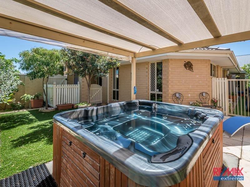 27 Phoenix Terrace*, Hocking, WA 6065