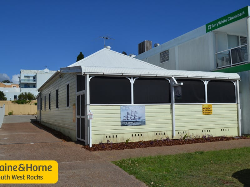 13 Memorial Ave, South West Rocks, NSW 2431
