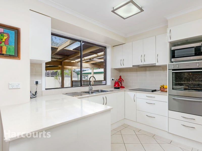 13 Trout Place, St Clair, NSW 2759