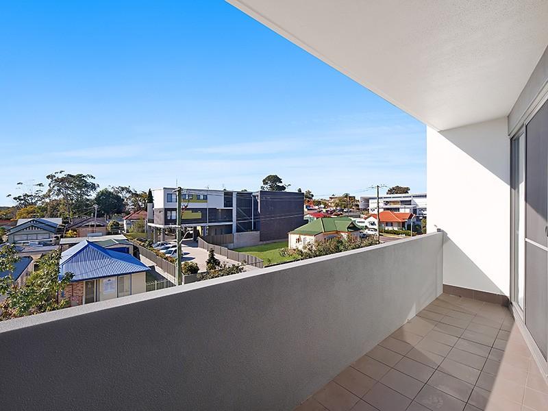 216/11 Ernest Street, Belmont, NSW 2280