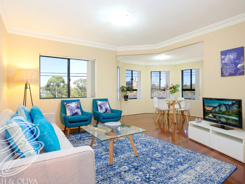 8/30 Gordon Street, Burwood, NSW 2134