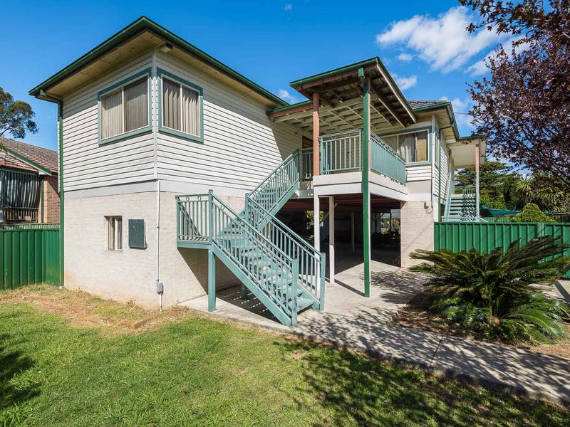 1 Quest Avenue, Carramar, NSW 2163