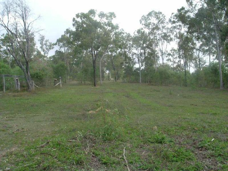 Address available on request, Lowmead, Qld 4676