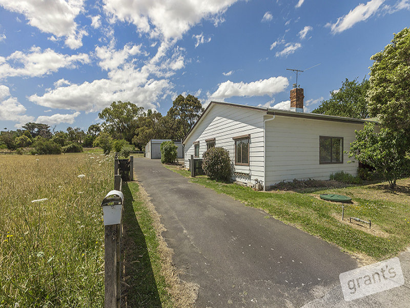 38 Railway Avenue, Tynong, Vic 3813