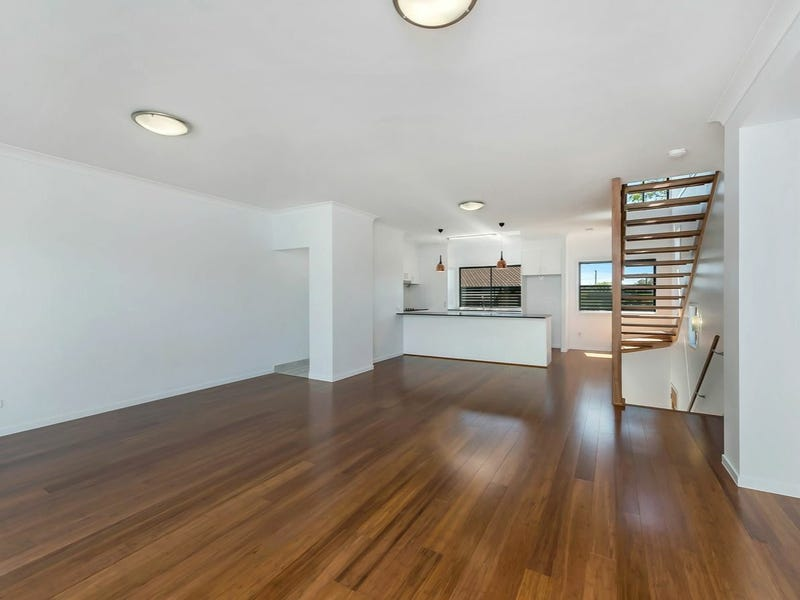 3/15 Pickwick Street, Cannon Hill, Qld 4170
