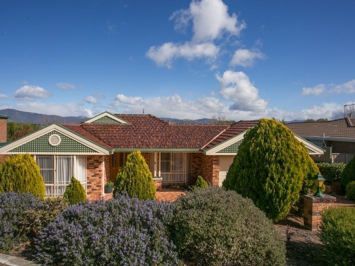 12 Russell Drysdale Crescent, Conder, ACT 2906