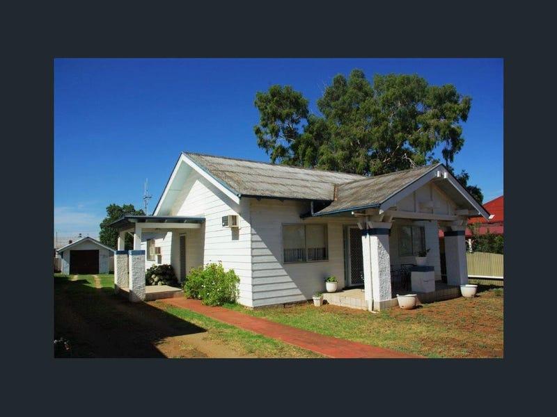 81 WARNE STREET, Wellington, NSW 2820