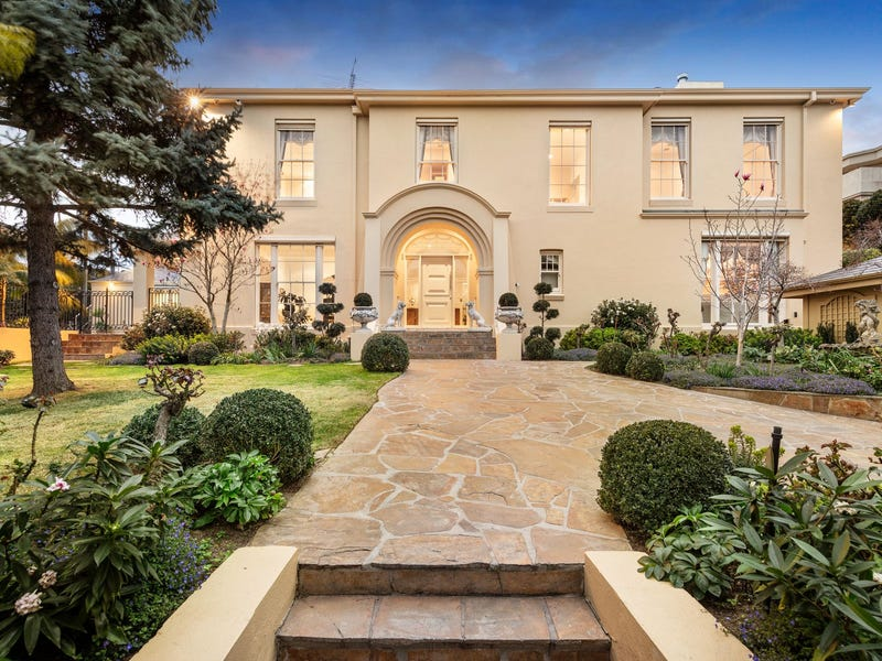 2 Power Avenue, Toorak