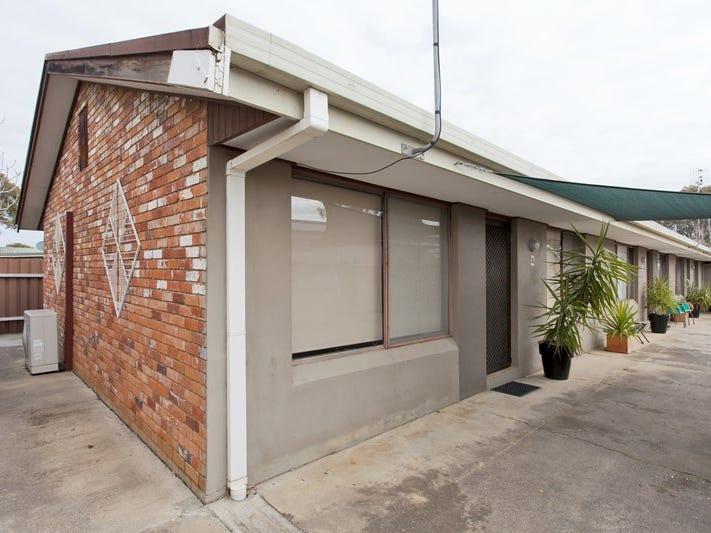 2-4 / 462 Parnall Street, Lavington, NSW 2641