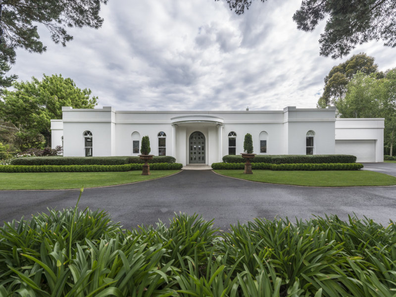 'Ripley' 9 Patchway Place, Burradoo, NSW 2576