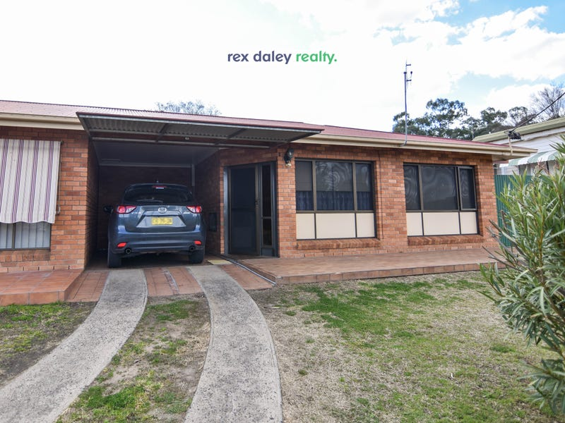 Unit 3/40A King St, Inverell, NSW 2360