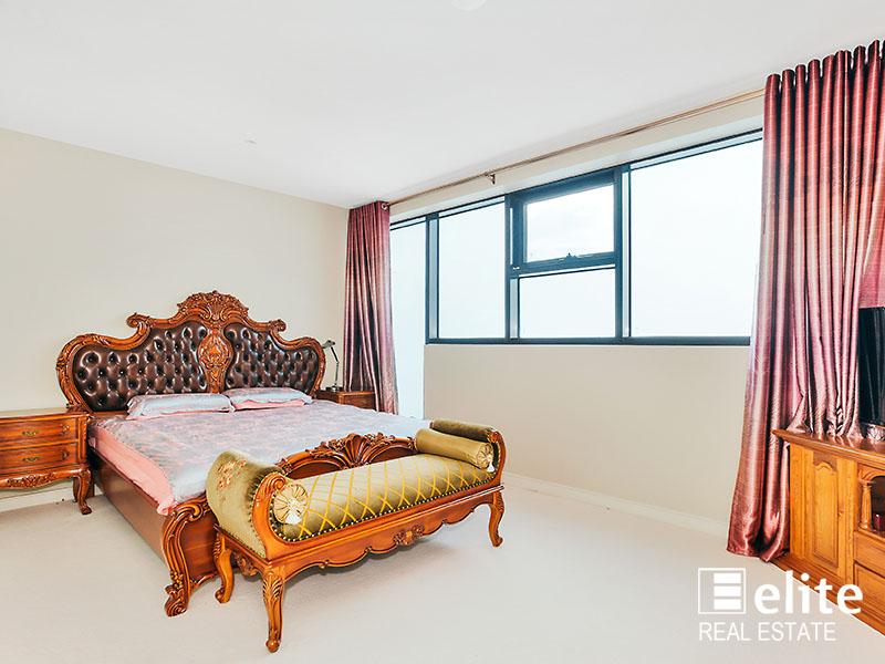 2402 228 A Beckett Street Melbourne Vic 3000 Apartment