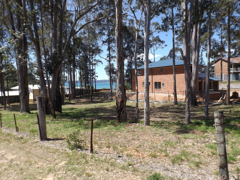 2 Beechwood Court, Sunshine Bay, NSW 2536