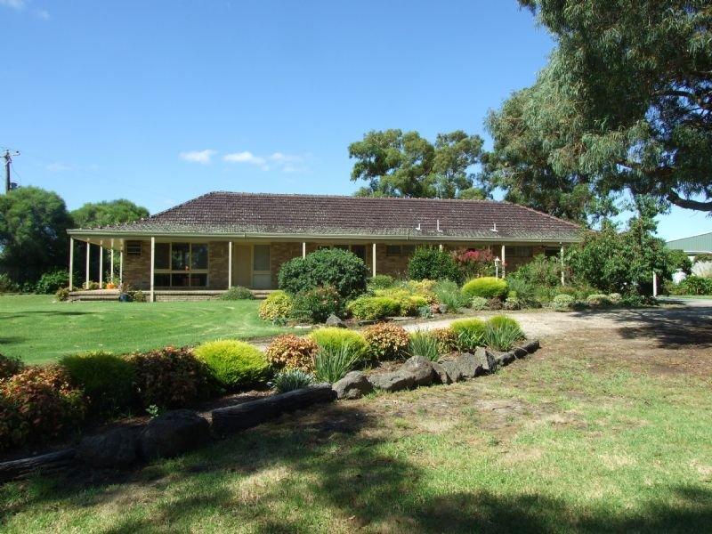 300 Moe-Willow Grove Road, Tanjil South, Vic 3825