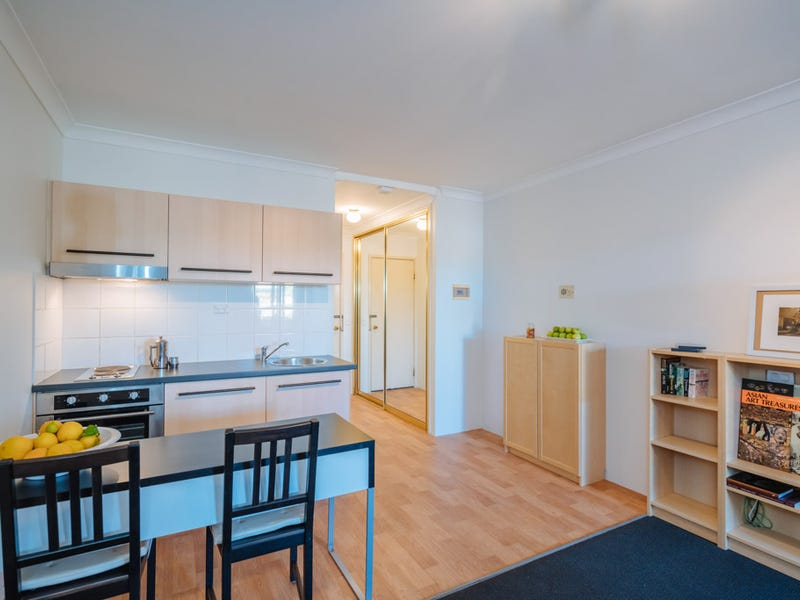 127/7 Harman Road, Sorrento, WA 6020