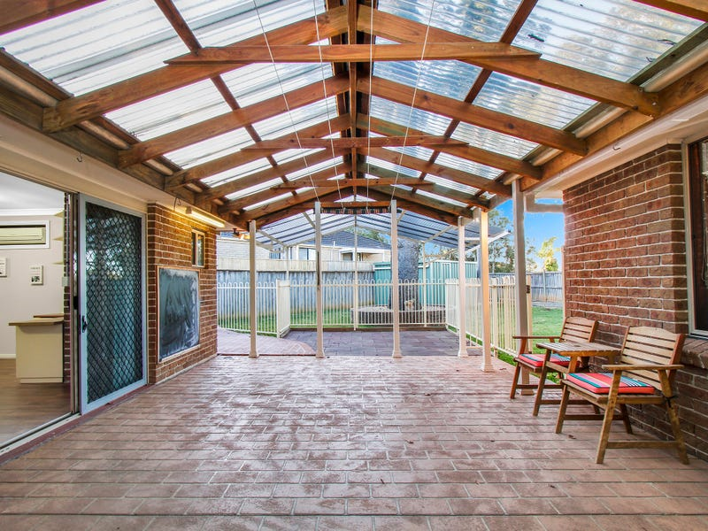 5 Hoop Place, Spring Farm, NSW 2570