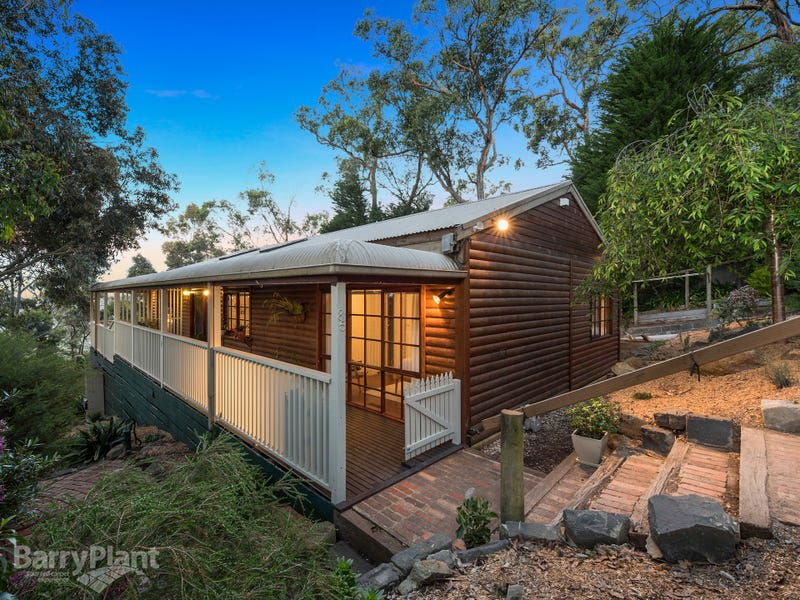 85 Bayview Crescent, The Basin, Vic 3154
