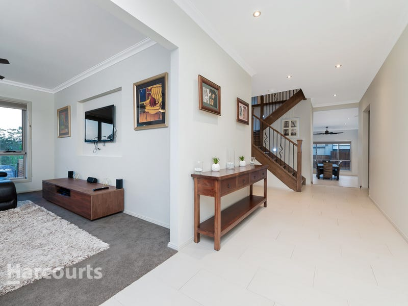 9 Chesterton Avenue, North Kellyville, NSW 2155