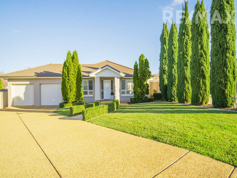 8 Cumberland Court, Tatton, NSW 2650