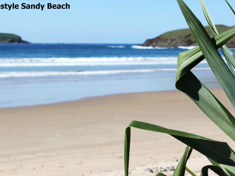 15 Surfsea Avenue, Sandy Beach, NSW 2456