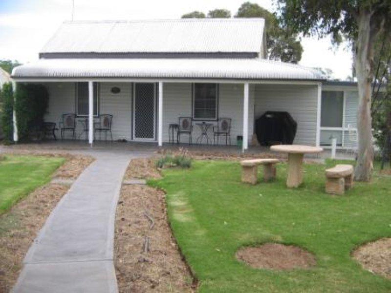 11 Denman, Tooraweenah, NSW 2817